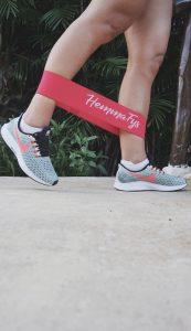Miniband top 10 des exercices pour les jambes